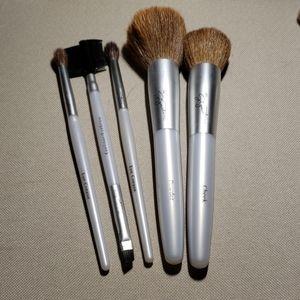 Mary Kay signature makeup brushes 7